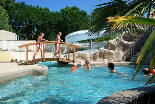 Camping piscine chauffée Gard